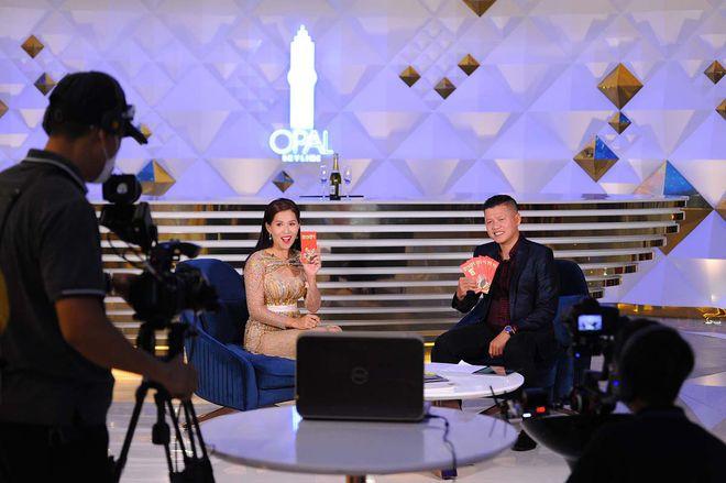 Dat Xanh Services tổ chức chương trình live talkshow bất động sản trong ngày vía thần tài. Ảnh: Dat Xanh Services.