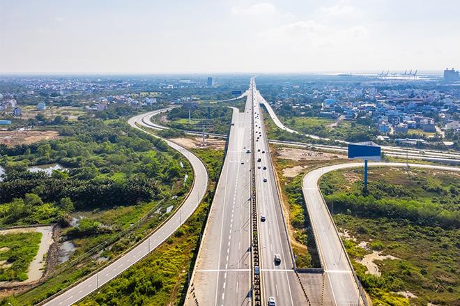 Cao tốc TP.HCM - Long Thành - Dầu Giây dài 55km, trong đó đoạn mở rộng có chiều dài 24km sẽ mở rộng từ 4 làn xe hiện tại lên 8 làn xe trong năm 2021