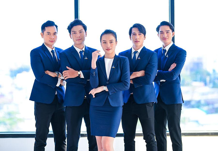 Doanh nghiệp xây dựng môi trường làm việc chuyên nghiệp, hạnh phúc. Ảnh: Dat Xanh Services.