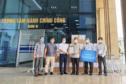 Tiếp nhận 50 máy trợ thở do Tập đoàn Đất Xanh trao tặng-thumnail